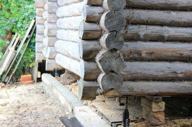 загнивание нижних венцов деревянного дома