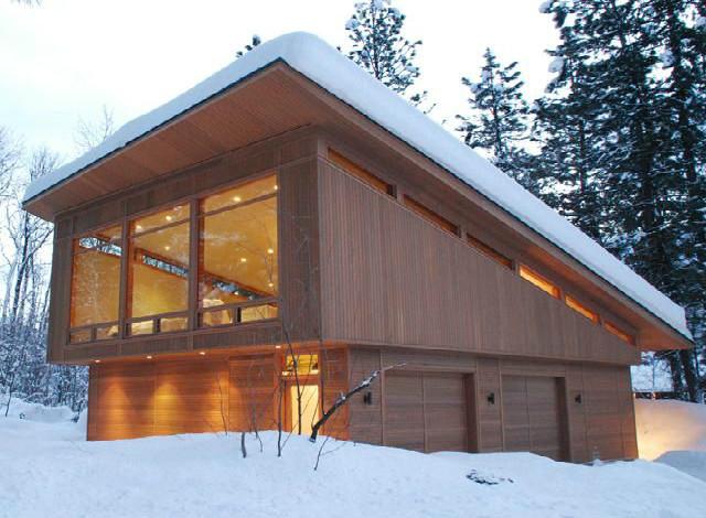 односкатная крыша в снегу