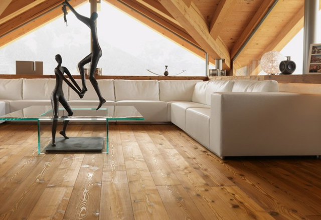 массивная доска для пола в деревянном доме