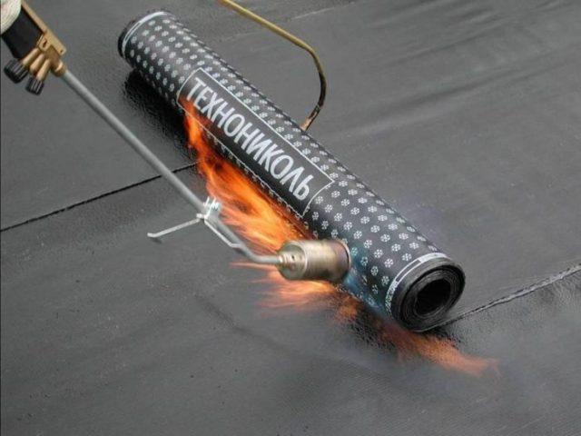 технология монтажа гидроизоляционного рулонного материла для фундамента