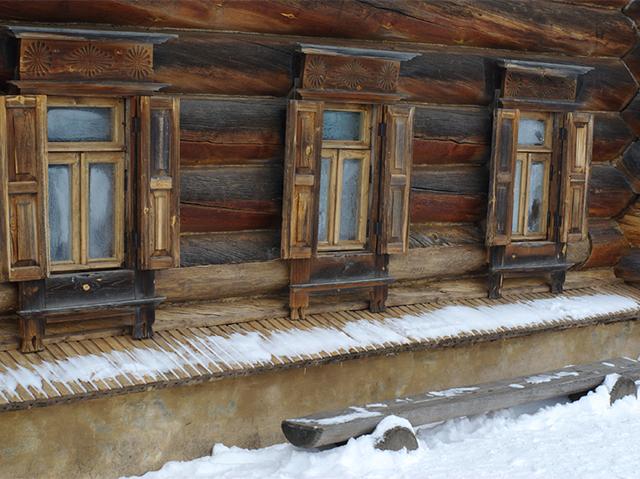 завалинка для деревянного дома