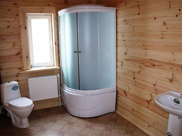 стены ванны в деревянном доме