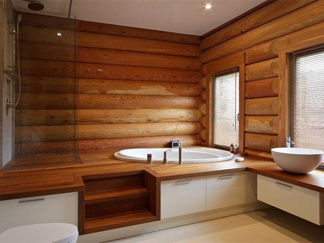 внутренняя отделка ванной комнаты в деревянном доме