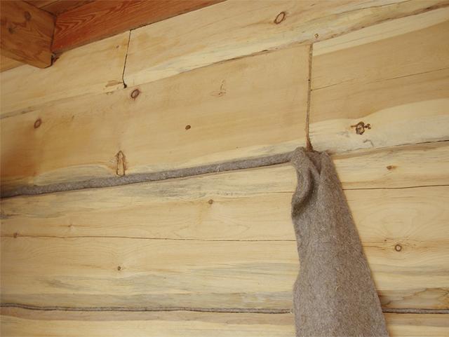 джутовое волокно для заделки щелей в деревянном доме
