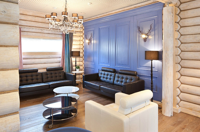 современная гостиная в доме